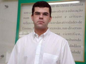 Ex-aluno de Farmácia pretende fazer doutorado no exterior