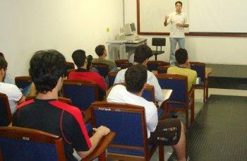 Egresso da Fipp ministra palestra sobre empreendedorismo