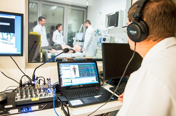 Unoeste planeja novos cursos de Medicina em Jaú e Guarujá