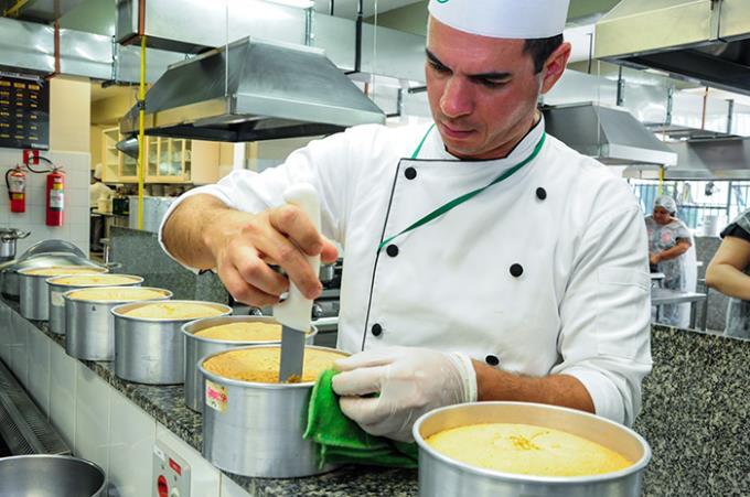 Gastronomia oferece workshop sobre bolo e arte de confeitar