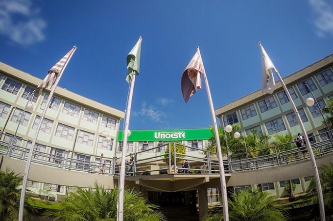 Unoeste é a 7ª melhor universidade particular do Brasil