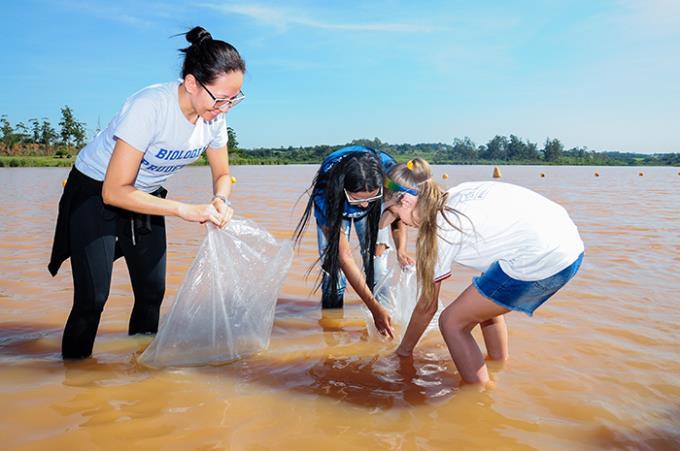 Balneário da Amizade ganha 1,5 mil peixes da Unoeste