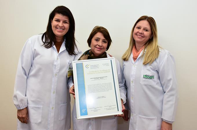 Laboratório de Análises Clínicas recebe selo de acreditação
