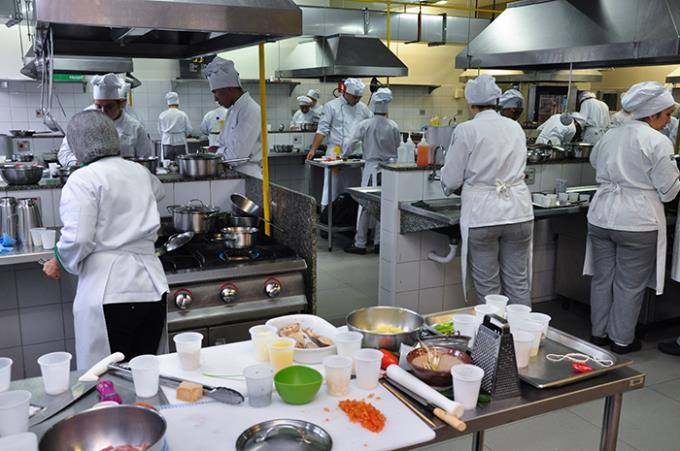 Gastronomia recebe inscrições para cursos de curta duração