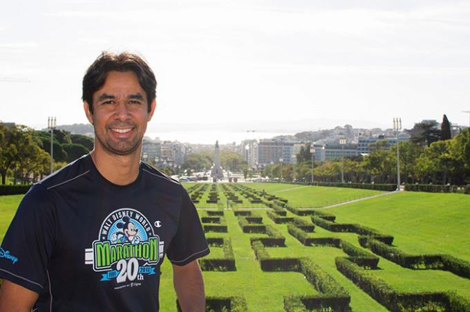Egresso é professor na USP e recebe prêmio do Facebook