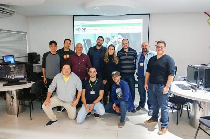 Jurados e parte dos mentores da Game Jam+ etapa regional de Presidente Prudente