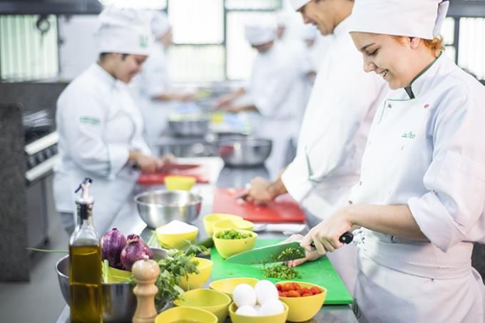 Gastronomia Unoeste tem padrão dos grandes centros mundiais