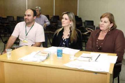 Vírus da arrogância interfere na comunicação de professores