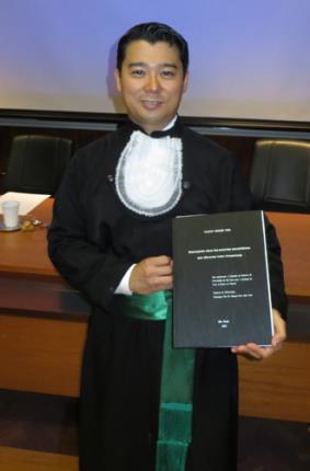 Egresso de Medicina conclui doutorado em Oftalmologia