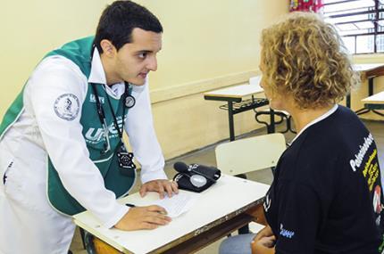 Extensão promove prevenção à saúde e alimenta afetividade