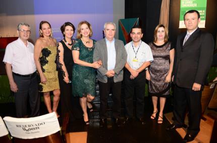 Faculdade de Odontologia celebra 40 anos com 16º Congresso