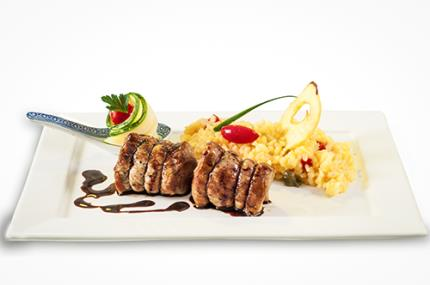 Profissional da gastronomia está atento ao visual dos pratos