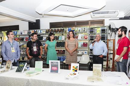 Lançamento de livros e gestão em saúde são ações do Enepe