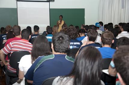 Cota racial deve ser analisada conforme história do Brasil