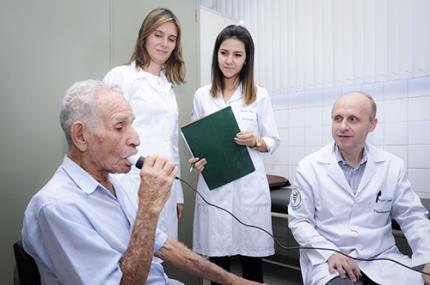 Fisioterapia conquista bolsa da Fapesp com estudo inédito