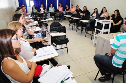 Nova turma do mestrado em Educação tem alunos de 13 cidades