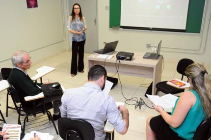 Colóquio do mestrado em Educação insere avaliador externo